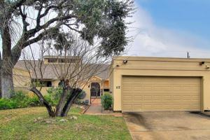 112 Sugar Creek Dr., Rockport, TX 78382