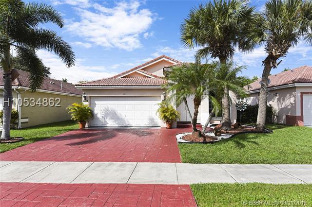 40 Gables Blvd, Weston, FL 33326