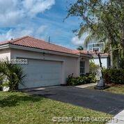 14 Gables Blvd, Weston, FL 33326