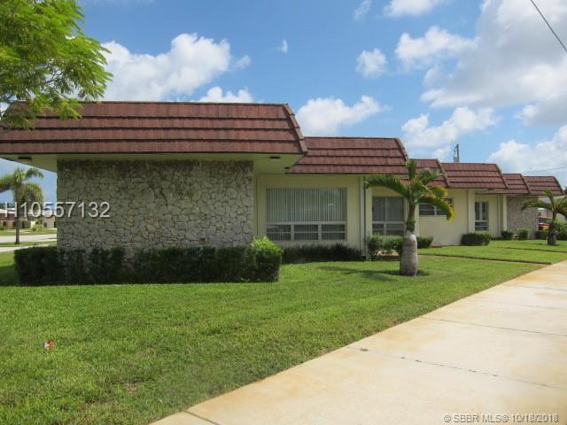 3837 N Circle Dr, Hollywood, FL 33021