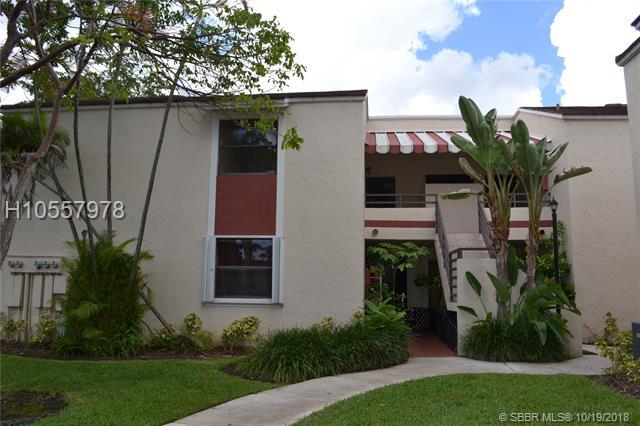 20210 Ne 3rd Ct, Miami, FL 33179