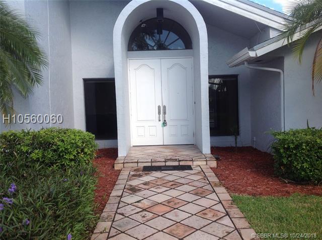 240 W Torchwood Ave, Plantation, FL 33324