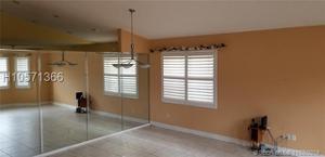 127 Nw 152nd Ln, Pembroke Pines, FL 33028