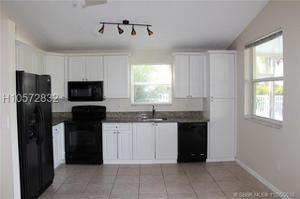 1489 Nw 153rd Ave, Pembroke Pines, FL 33028