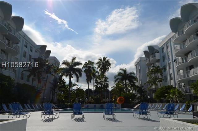 494 Nw 165th Street Rd, Miami, FL 33169