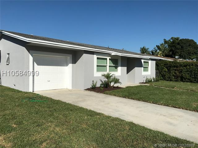 7541 Hope St, Hollywood, FL 33024