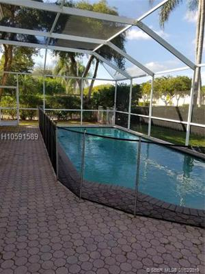 19399 Nw 14th St, Pembroke Pines, FL 33029
