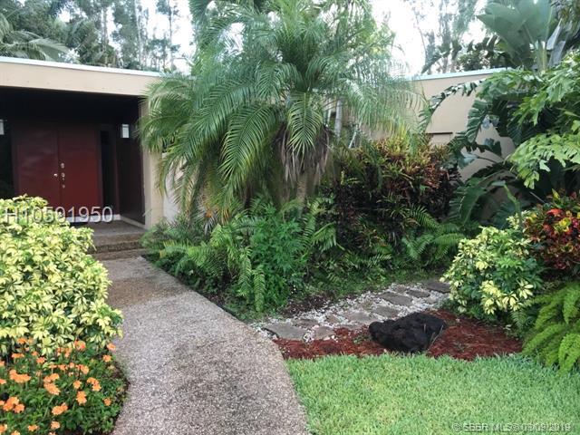 11230 Sw 1st St, Plantation, FL 33325