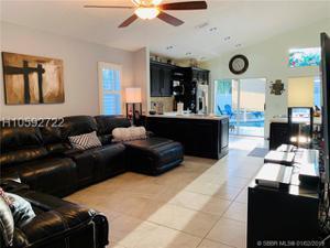 801 Chimney Rock Rd, Weston, FL 33327