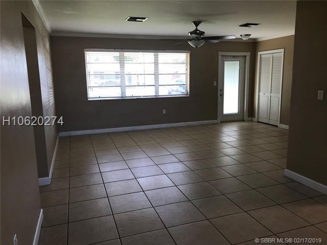 7871 Nw 14th St, Pembroke Pines, FL 33024