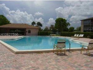 300 Sw 134th Way, Pembroke Pines, FL 33027