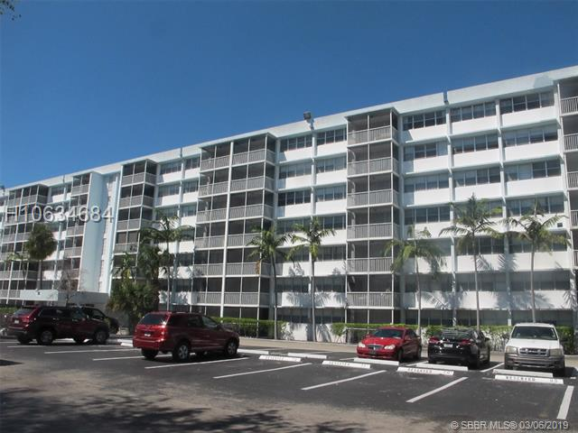 700 Nw 214th St, Miami Gardens, FL 33169