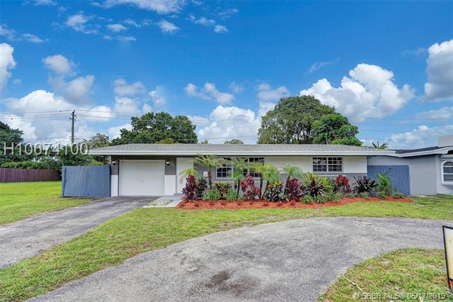 1561 Nw 81st Ave, Pembroke Pines, FL 33024