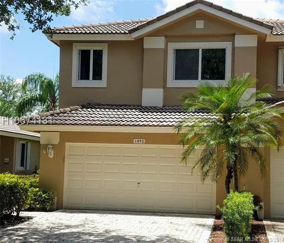 1092 Sw 158th Ave, Pembroke Pines, FL 33027