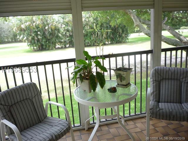 271 S Hollybrook Dr, Pembroke Pines, FL 33025