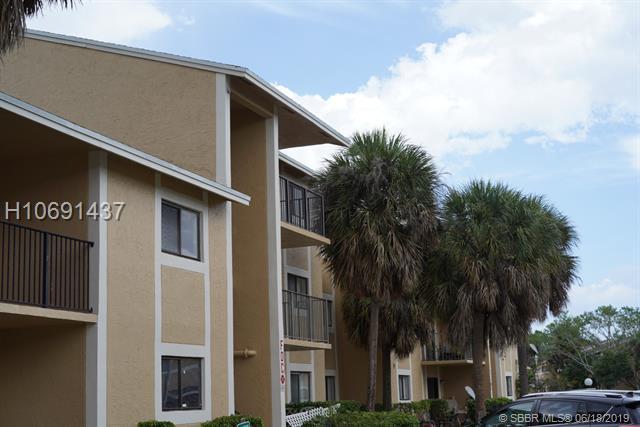 9491 S Palm Cir S, Pembroke Pines, FL 33025