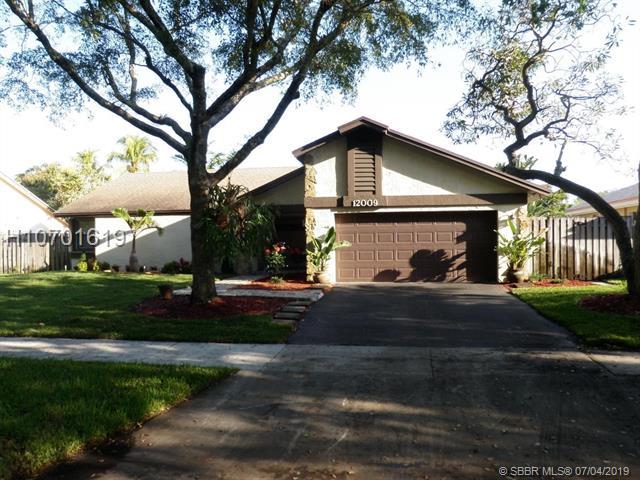 12009 Flicker Way, Cooper City, FL 33026