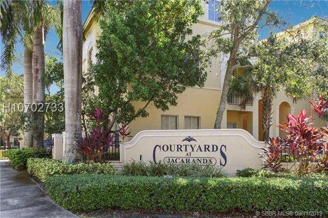 100 Jacaranda Country Club Dr, Plantation, FL 33324