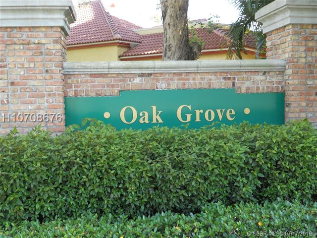 9410 Oak Grove Cir, Davie, FL 33328