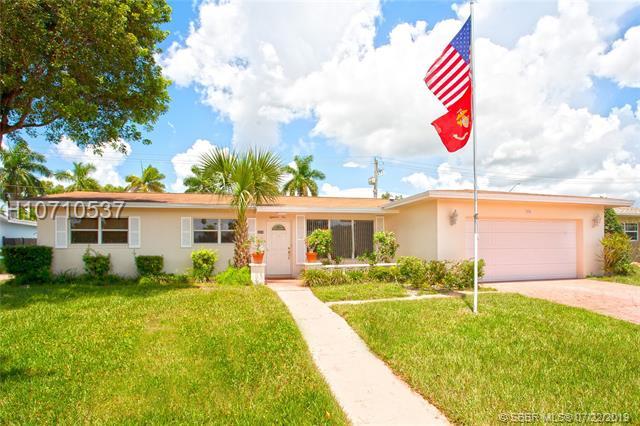 1810 Nw 88 Way, Pembroke Pines, FL 33024