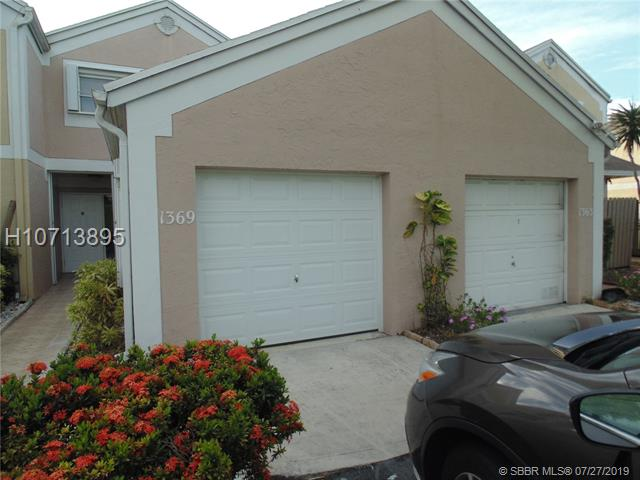 1369 Nw 124th Ave, Pembroke Pines, FL 33026