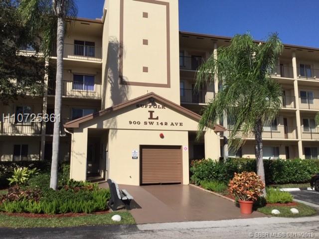 900 Sw 142nd Ave, Pembroke Pines, FL 33027