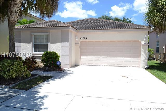 15725 Nw 16th Ct, Pembroke Pines, FL 33028