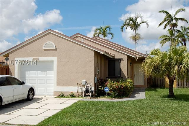 1140 Sw 109th Ave, Pembroke Pines, FL 33025