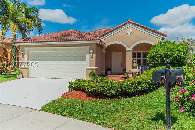 749 Vista Meadows Dr, Weston, FL 33327