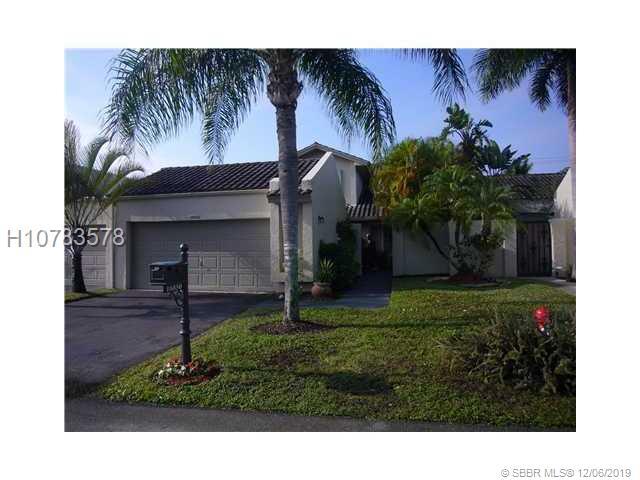 16850 Patio Village Ln, Weston, FL 33326