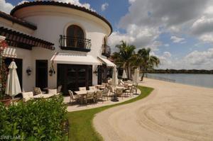 18040 Montelago Ct, Miromar Lakes, FL 33913