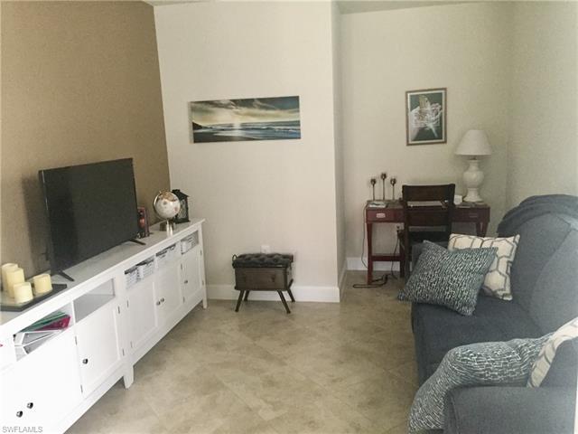 10661 Jackson Square Dr, Estero, FL 33928