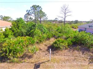3107 44th St W, Lehigh Acres, FL 33971