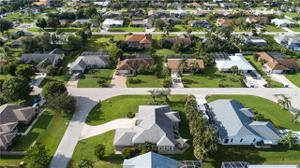 17594 Moorfield Dr, Fort Myers, FL 33908