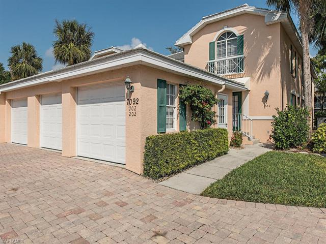 7092 Barrington Cir 9-202, Naples, FL 34108
