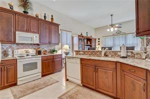20356 Foxworth Cir, Estero, FL 33928