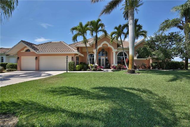9837 Alhambra Ln, Bonita Springs, FL 34135