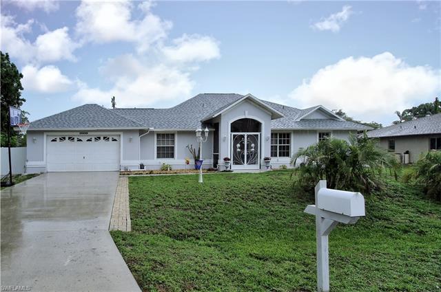 18135 Dupont Dr, Fort Myers, FL 33967