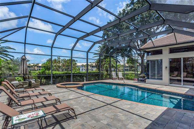 3500 Lakemont Dr, Bonita Springs, FL 34134