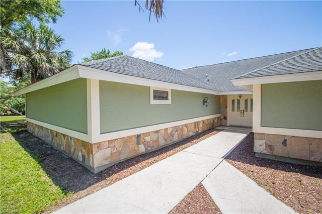 5141 Obannon Rd, Fort Myers, FL 33905