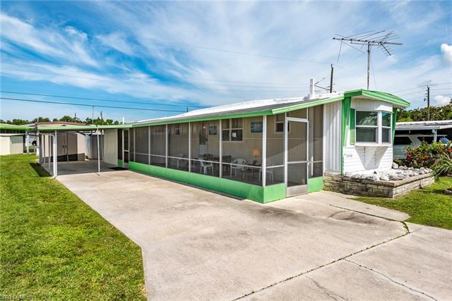 20540 Garden Dr, Estero, FL 33928