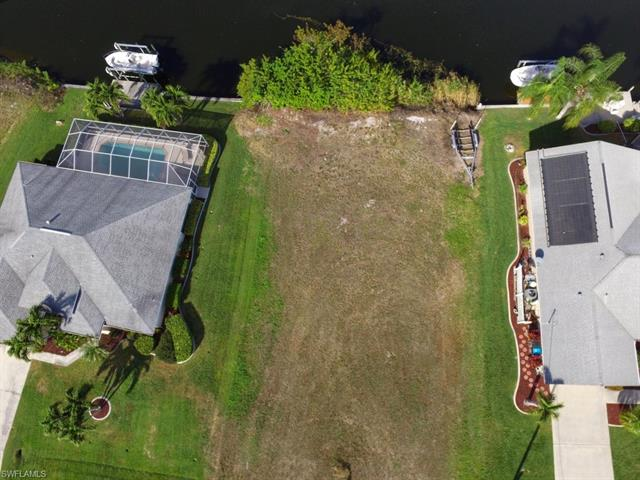 2915 38th Ter, Cape Coral, FL 33914