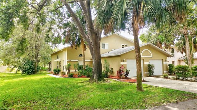 12275 Londonderry Ln, Bonita Springs, FL 34135