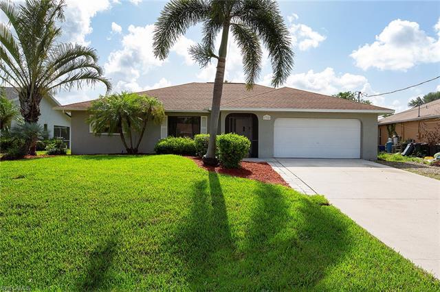 17509 Phlox Dr, Fort Myers, FL 33967