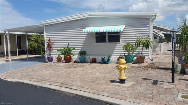 4688 Mai Kai Ln, Bonita Springs, FL 34134