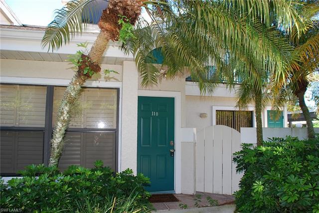 77 Emerald Woods Dr I10, Naples, FL 34108