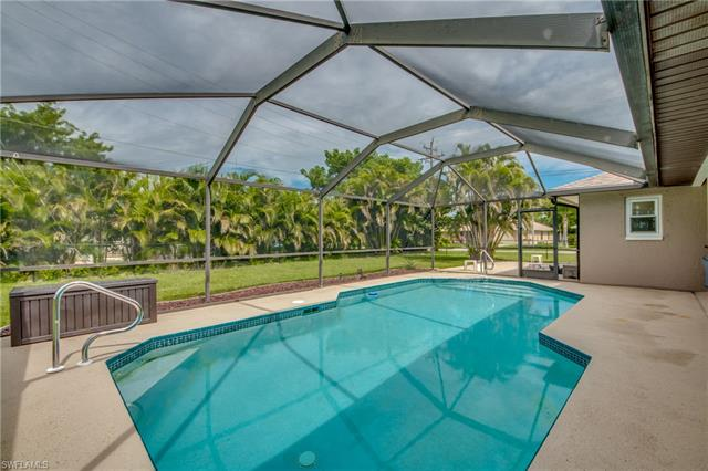 3218 6th Ave, Cape Coral, FL 33914