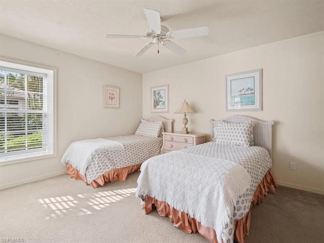 3610 Sawgrass Ct, Bonita Springs, FL 34134