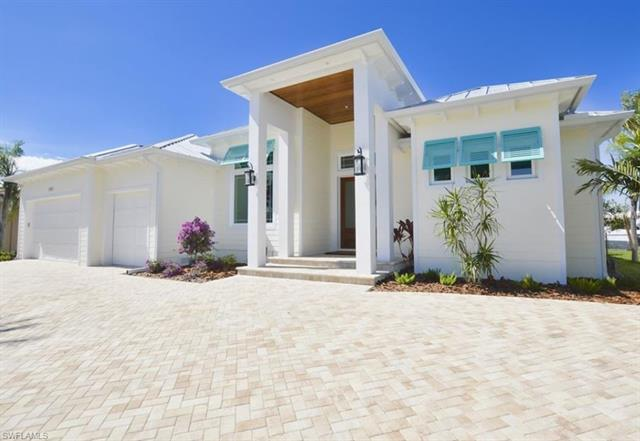 109 Colonial St Se, Port Charlotte, FL 33952