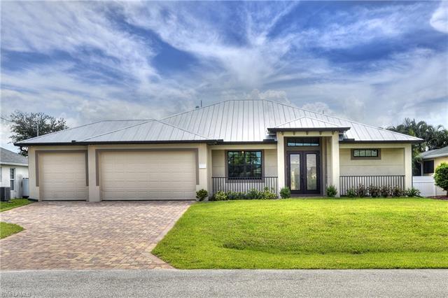 1421 Country Club Blvd, Cape Coral, FL 33990